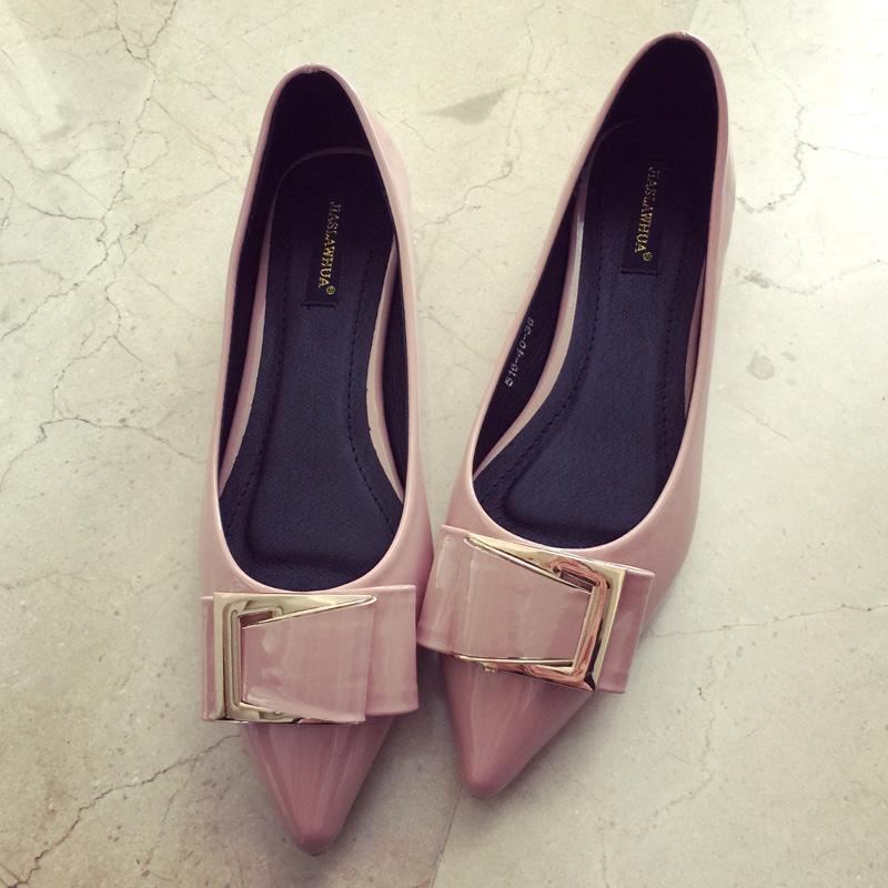 粉红色尖头鞋 2016秋季新品尖头浅口低跟漆皮女鞋 蝴蝶结金属扣方跟单鞋粉红_推荐淘宝好看的粉红色尖头鞋