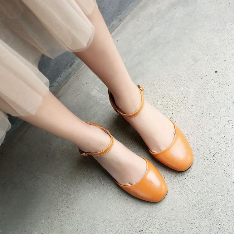 黄色凉鞋 灰色黄色女鞋包头粗跟职业高跟特大码凉鞋小码鞋 31 33 41 47 XYJ_推荐淘宝好看的黄色凉鞋
