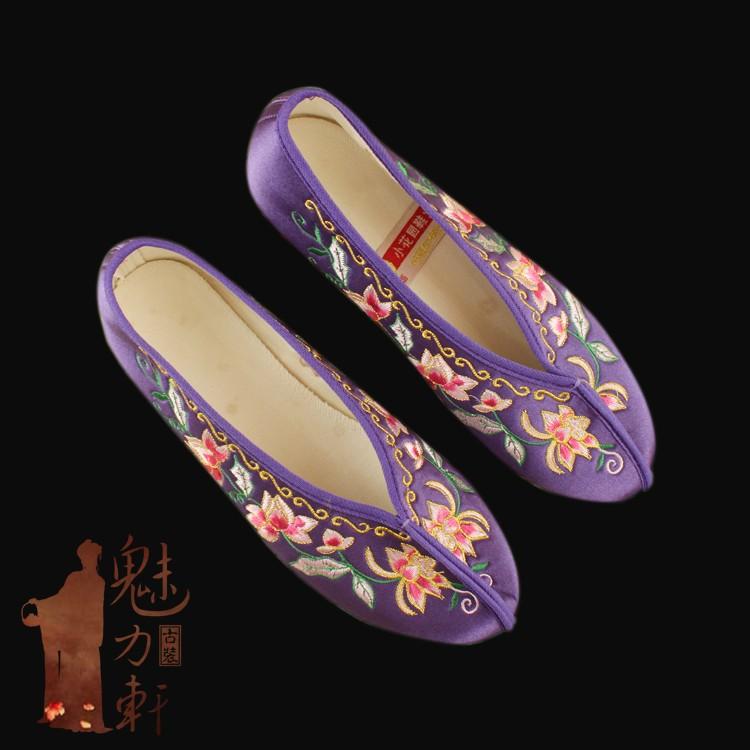 紫色单鞋 紫色绣花鞋民族风单鞋新娘婚鞋配古装旗袍的鞋子_推荐淘宝好看的紫色单鞋