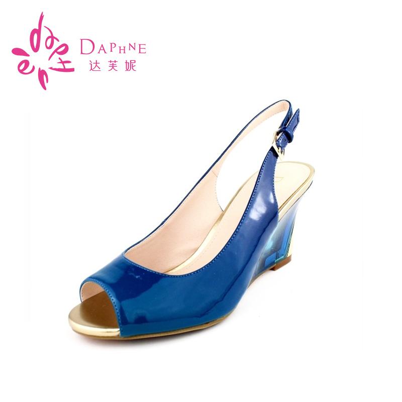 鱼嘴鞋 Daphne达芙妮女鞋 夏季漆皮中坡跟凉鞋 鱼嘴女凉鞋1014303002_推荐淘宝好看的女鱼嘴鞋