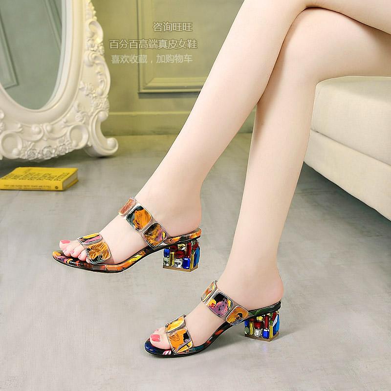 时尚高跟凉鞋 新款高跟凉鞋女真皮粗跟女士凉拖鞋女夏季中跟时尚韩版水钻一字拖_推荐淘宝好看的女时尚高跟凉鞋