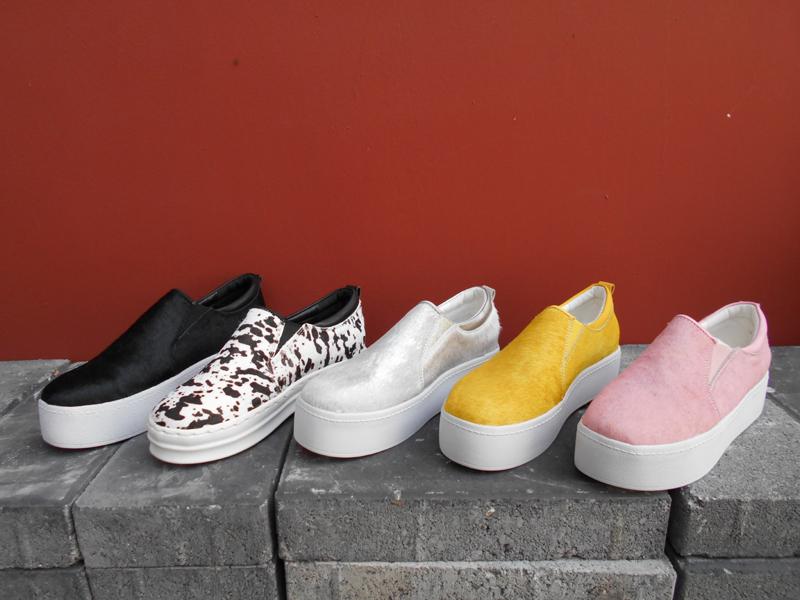 黄色平底鞋 欧美乐福鞋马毛平底鞋黑银粉黄色豹纹厚底板鞋一脚套懒人蹬女鞋_推荐淘宝好看的黄色平底鞋