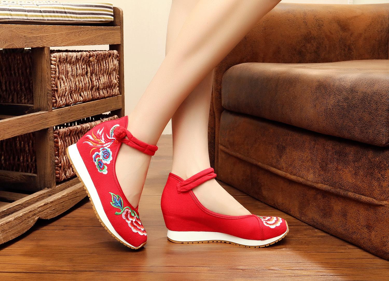 红色松糕鞋 红色绣花鞋中跟老北京布鞋女坡跟内增高厚底松糕底民族风鞋子复古_推荐淘宝好看的红色松糕鞋