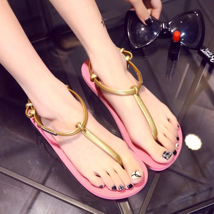 粉红色凉鞋 夏天新款韩版夹趾凉鞋平跟平底百搭简约黑色金色粉红色女鞋沙滩鞋_推荐淘宝好看的粉红色凉鞋