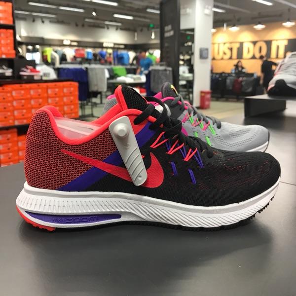 耐克运动鞋图片 Nike耐克  AIR ZOOM 女子运动休闲跑步鞋807279-006-007支持虎扑_推荐淘宝好看的女耐克运动鞋