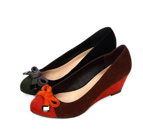 达芙妮单鞋 Daphne达芙妮女鞋秋季款女鞋舒适坡跟经典款百搭单鞋1013404012_推荐淘宝好看的女达芙妮单鞋