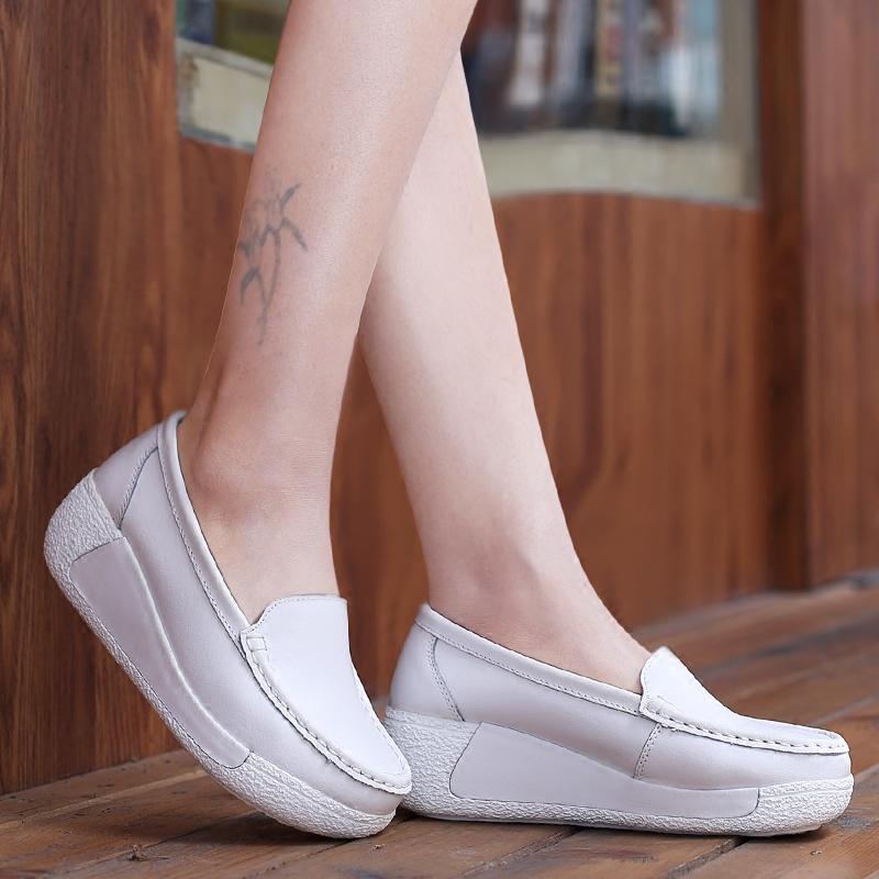 白色坡跟鞋 2016春新款懒人鞋女 一脚蹬厚底增高鞋女护士鞋白色 夏季坡跟单鞋_推荐淘宝好看的白色坡跟鞋