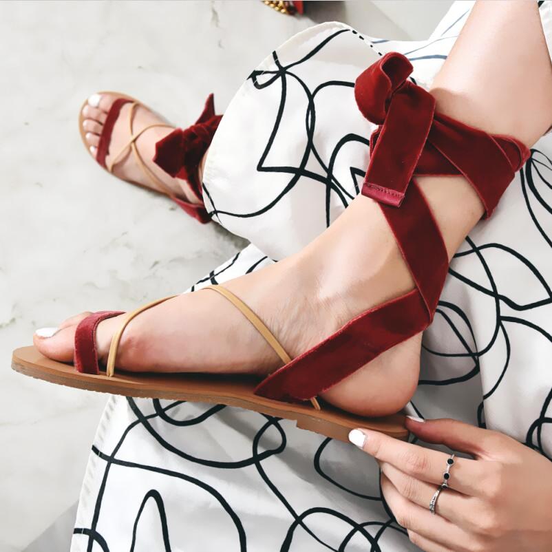 红色罗马鞋 高制17春夏新品 红色丝绒脚脖绑带平底凉鞋 交叉平跟露趾罗马女鞋_推荐淘宝好看的红色罗马鞋