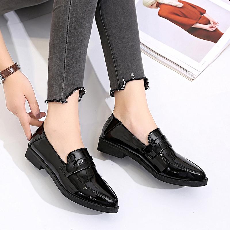 黑色单鞋 2017新款黑色尖头漆皮浅口低跟平底单鞋女鞋黑色小皮鞋百搭工作鞋_推荐淘宝好看的黑色单鞋