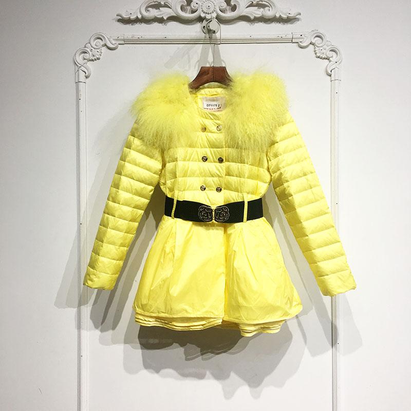 黄色羽绒服 11特价! 艾OW系列 D71175 时尚滩羊毛领羽绒服品牌女装折扣_推荐淘宝好看的黄色羽绒服