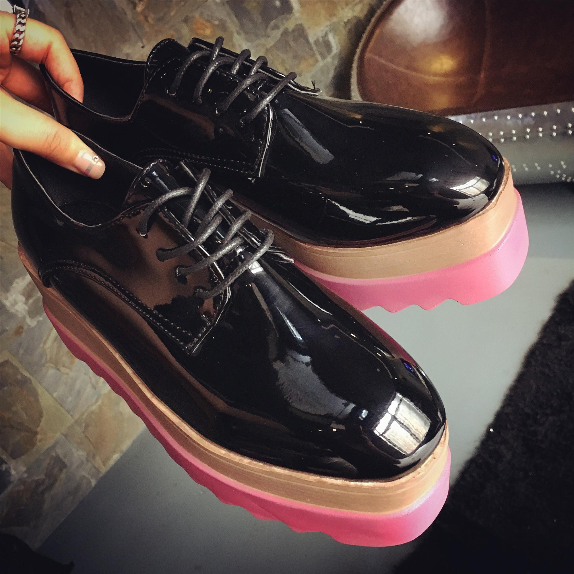 黑色松糕鞋 韩版松糕鞋女春秋2016厚底新款坡跟系带鞋松糕鞋黑色圆头漆皮单鞋_推荐淘宝好看的黑色松糕鞋
