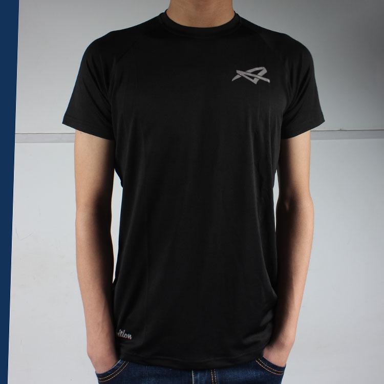 男士短袖t恤 这个黑的有亮点 时尚健身弹力速干短袖T恤 男装夏装圆领运动紧身_推荐淘宝好看的男短袖t恤