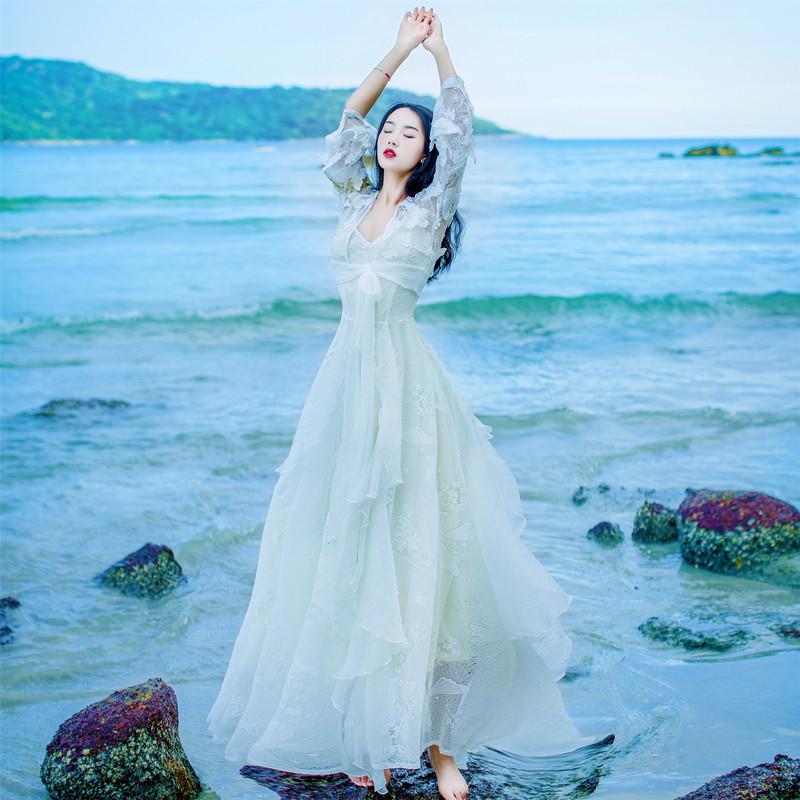 白色蕾丝连衣裙 网纱刺绣蕾丝吊带连衣裙两件套波西米亚海边度假沙滩大摆长裙仙女_推荐淘宝好看的白色蕾丝连衣裙