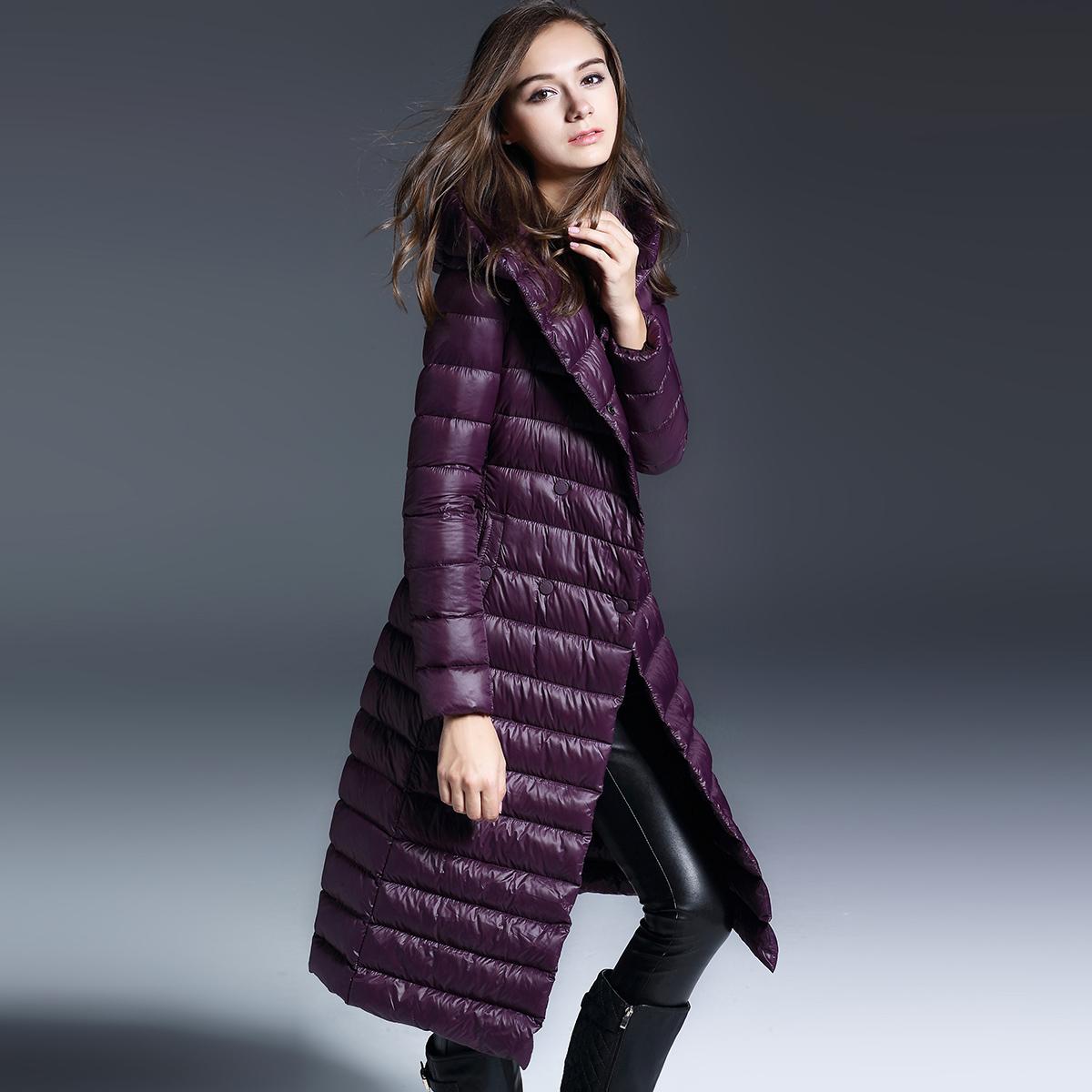 紫色羽绒服 长款羽绒服女修身过膝加肥大码女装韩版中长双排扣连帽轻薄羽绒服_推荐淘宝好看的紫色羽绒服
