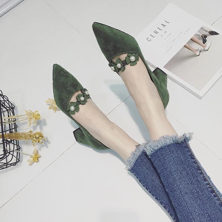 绿色单鞋 2017秋季新款绿色花朵一字带尖头粗跟玛丽珍鞋女浅口高跟鞋绒单鞋_推荐淘宝好看的绿色单鞋