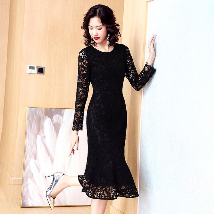 黑色蕾丝连衣裙 春季新款2021年黑色鱼尾长裙长袖镂空蕾丝包臀修身连衣裙女装收腰_推荐淘宝好看的黑色蕾丝连衣裙