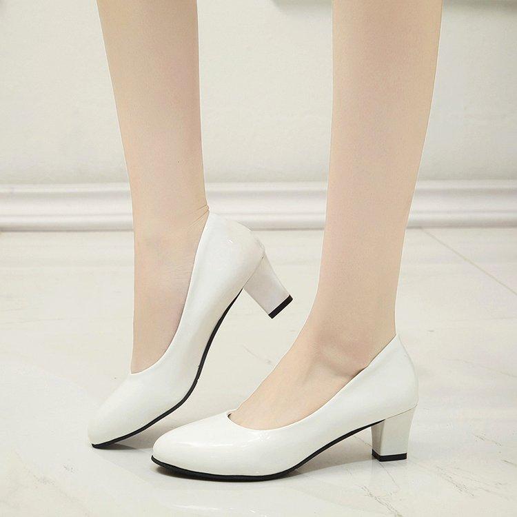 白色高跟单鞋 四季圆头5cm中跟粗跟单鞋白色职业正装工作鞋女黑色高跟鞋女皮鞋_推荐淘宝好看的女白色高跟单鞋