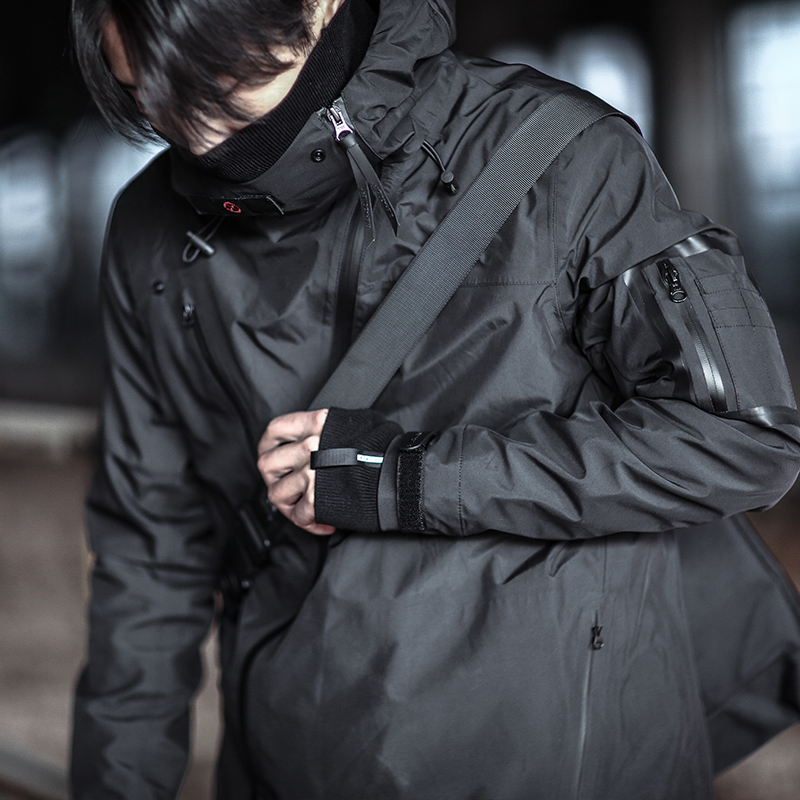 运动夹克 ENSHADOWER隐蔽者机能防风冲锋衣户外连帽外套男女潮牌运动夹克_推荐淘宝好看的男运动夹克
