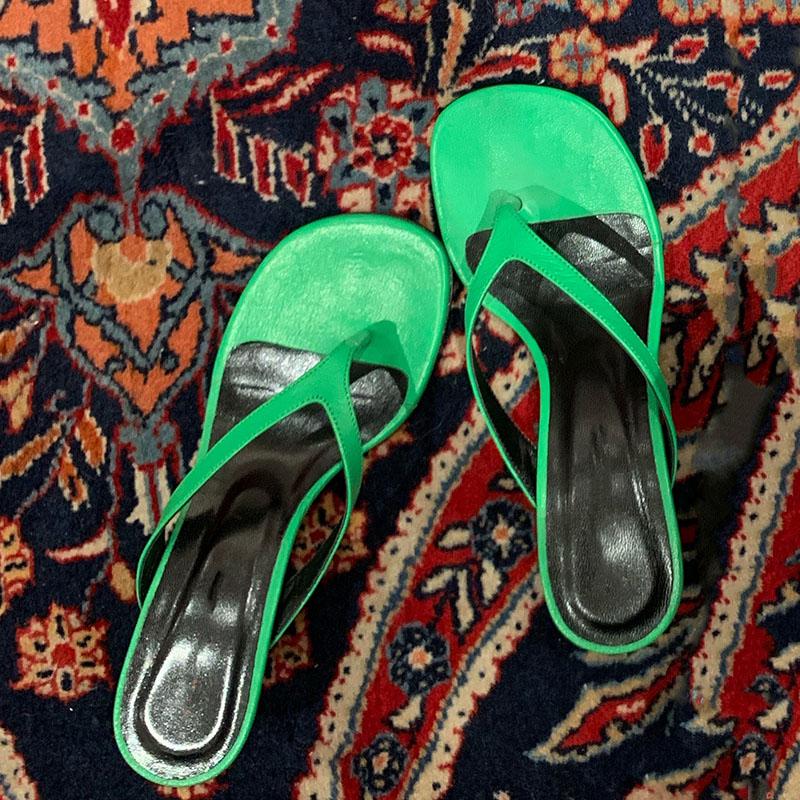 绿色鱼嘴鞋 网红同款19新款夏季韩版绿色细跟人字拖百搭中跟度假沙滩露趾拖鞋_推荐淘宝好看的绿色鱼嘴鞋