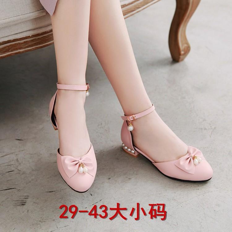 粉红色凉鞋 儿童花朵蝴蝶结珍珠鞋跟凉鞋粉红色29303132小码白色粗跟平底扣带_推荐淘宝好看的粉红色凉鞋