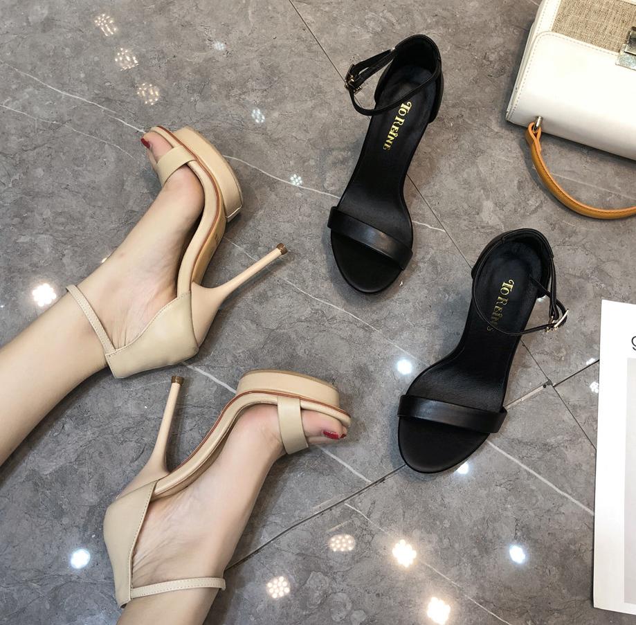 黑色凉鞋 夏季欧美真皮一字扣带防水台高跟鞋凉鞋女细跟简约黑色裸色性感_推荐淘宝好看的黑色凉鞋