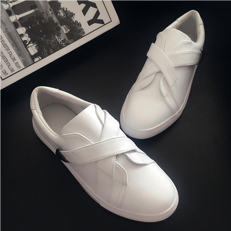 白色平底鞋 2019秋季新款小白鞋女真皮平底魔术贴白色板鞋一脚蹬休闲单鞋女潮_推荐淘宝好看的白色平底鞋
