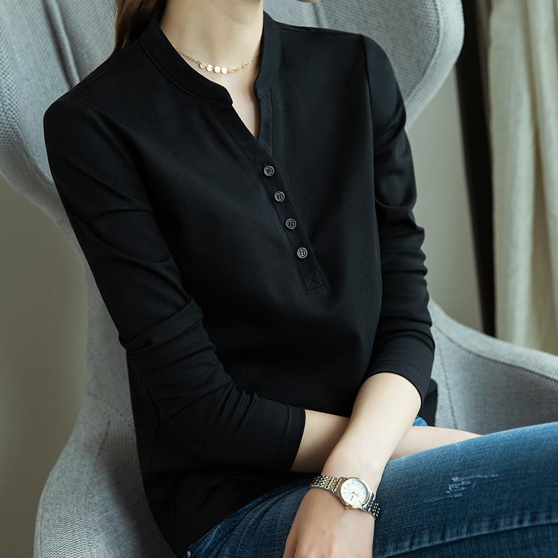 黑色针织衫 雀后黑色T恤女长袖打底衫内搭七分袖2021春季新款针织v领中袖上衣_推荐淘宝好看的黑色针织衫