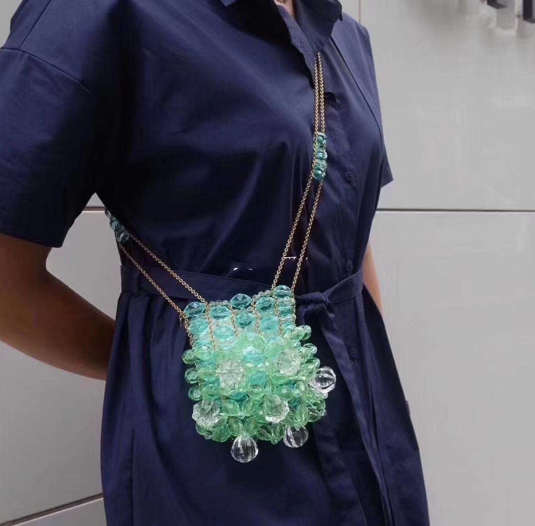 绿色链条包 小众设计师定制款绿色水晶挎包亚克力串珠手工链条包欧美ins风潮_推荐淘宝好看的绿色链条包