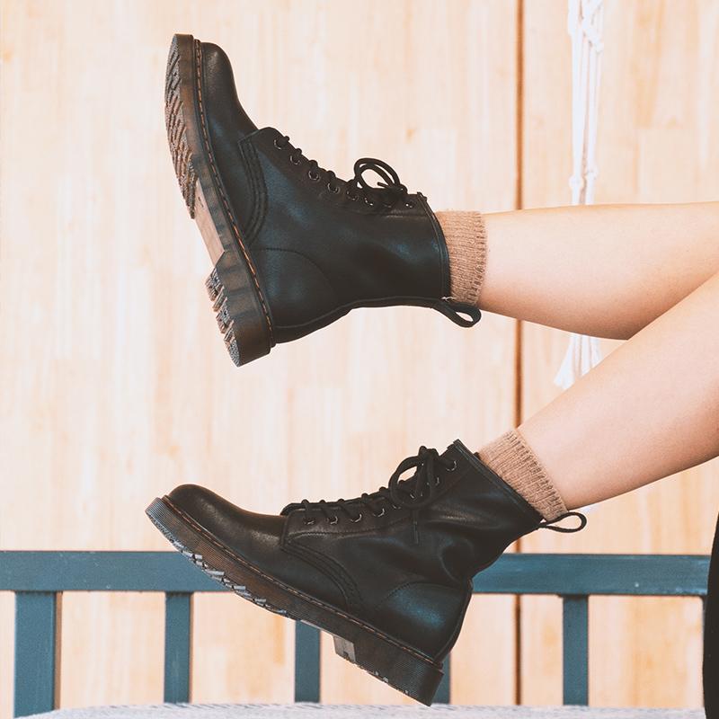 英伦短靴 伯爵猫港味马丁靴女英伦风冬季加绒加厚短筒粗跟复古学院日系短靴_推荐淘宝好看的女英伦短靴