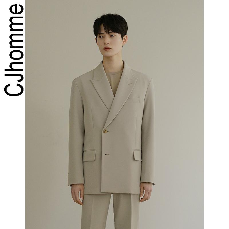 韩版男士小西装 CJHOMME 2020新款米白色韩版ins男士西服 双排扣流行西装男免烫潮_推荐淘宝好看的韩版男士西装