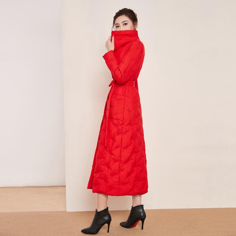红色羽绒服 2020新款红色长款羽绒服女过膝轻薄白鸭绒加厚修身显瘦超长到脚踝_推荐淘宝好看的红色羽绒服