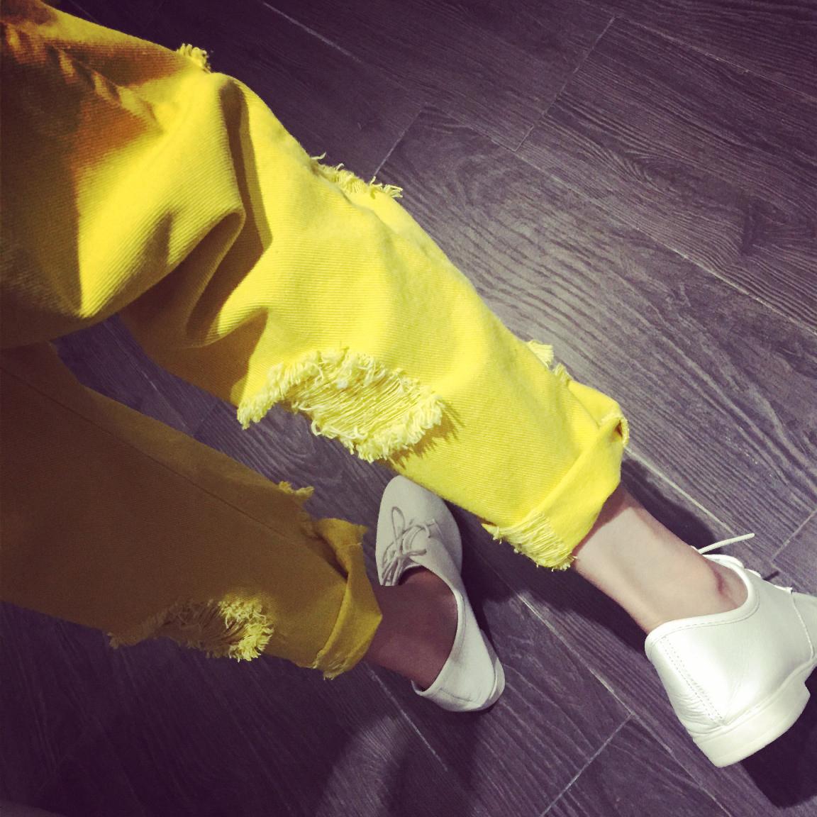 黄色牛仔裤 黄色破洞牛仔裤女2021春夏新款宽松显瘦乞丐裤糖果色九分直筒裤女_推荐淘宝好看的黄色牛仔裤