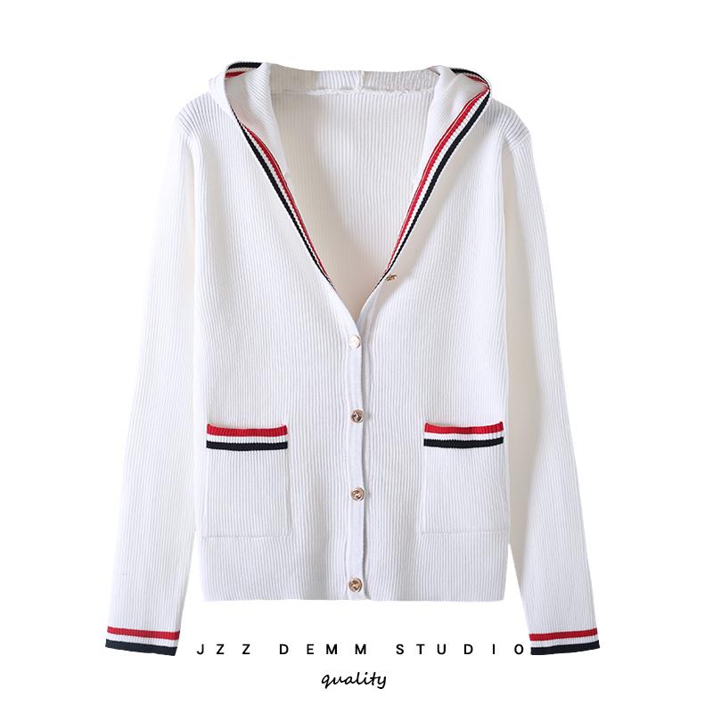 白色针织衫 2021春秋冬韩版连帽开衫修身显瘦条纹针织衫白色毛衣短款外套女_推荐淘宝好看的白色针织衫