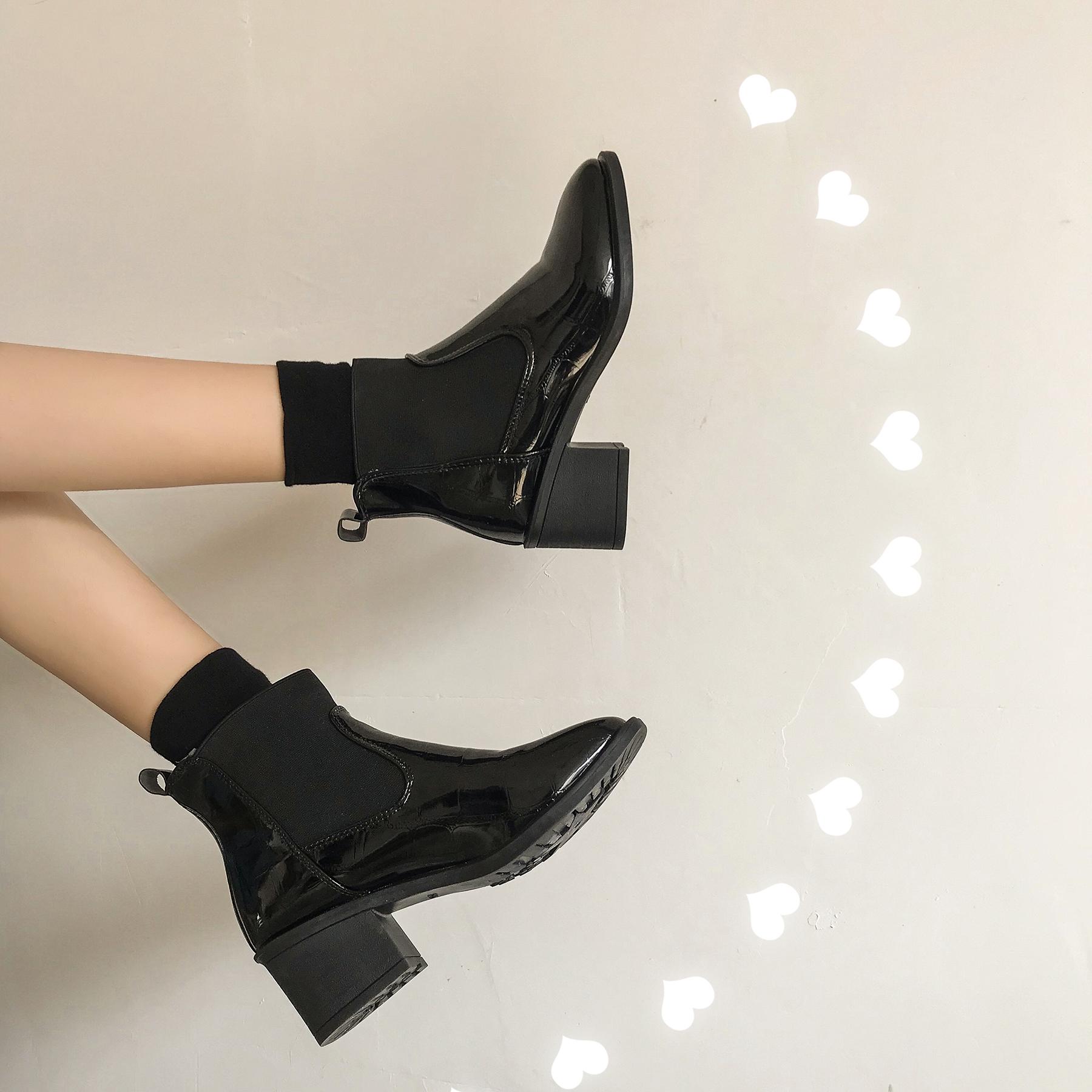 韩版短靴 南在南方马丁靴女2020春季新款韩版网红百搭英伦风中跟粗跟短靴潮_推荐淘宝好看的女韩版短靴