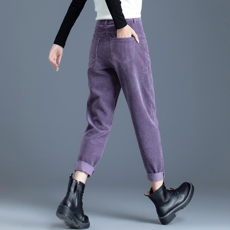 紫色休闲裤 紫色条绒裤子女秋冬加绒2021新款女士哈伦裤灯芯绒女裤休闲奶奶裤_推荐淘宝好看的紫色休闲裤