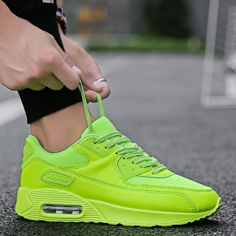 绿色运动鞋 夏季男鞋透气网鞋男网面鞋网眼网布休闲跑步运动鞋子百搭荧光绿色_推荐淘宝好看的绿色运动鞋