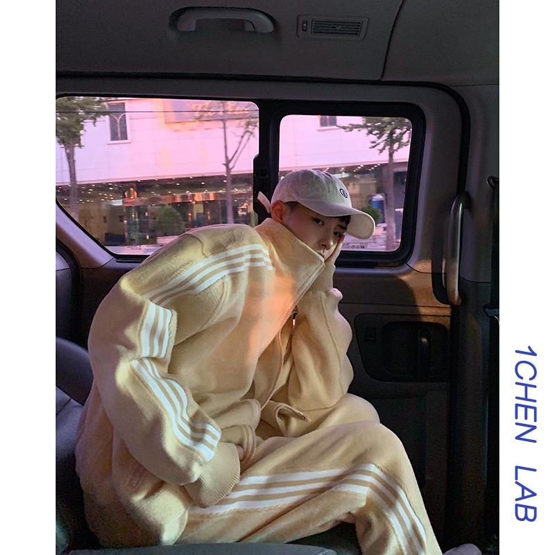 纯色休闲外套 1CHEN 秋装小鸡奶黄 珊瑚绒纯色复古休闲宽松运动服套装外套男女_推荐淘宝好看的女纯色休闲外套