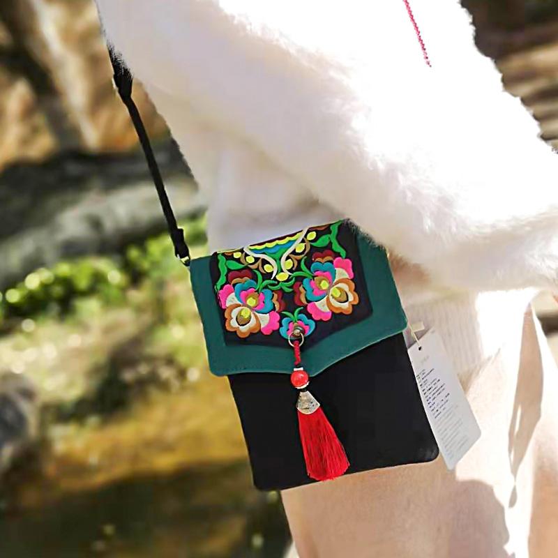 绿色信封包 三层刺绣小挎包帆布斜挎手机包汉元素小流苏竖款方形信封包绿色款_推荐淘宝好看的绿色信封包