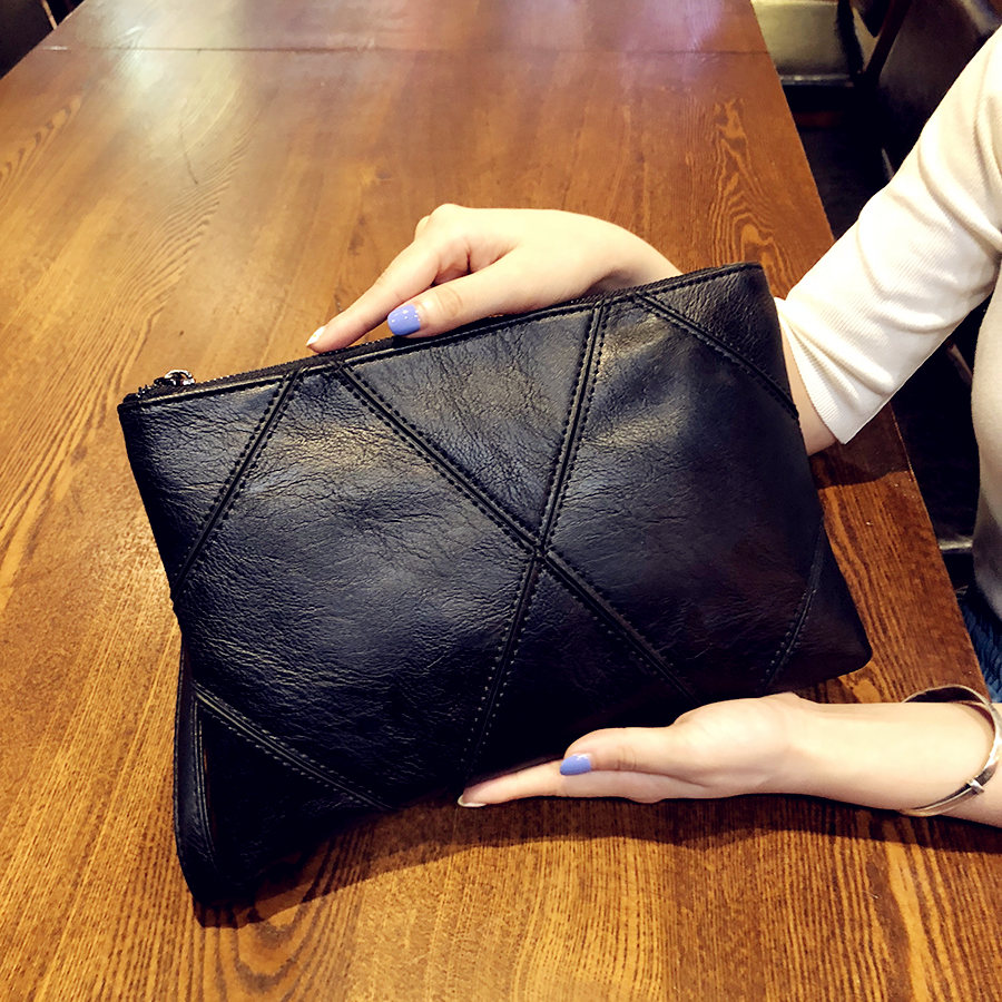 黑色信封包 手拿包信封包2020新款黑色软皮手抓包车缝线简约夹包大容量手腕包_推荐淘宝好看的黑色信封包