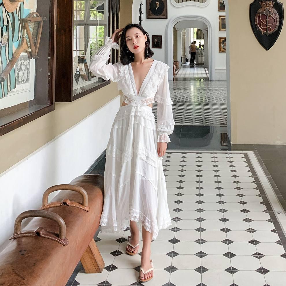 白色连衣裙 仙女气质白色蕾丝露背生日连衣裙海南三亚泰国岛海边度假沙滩长裙_推荐淘宝好看的白色连衣裙
