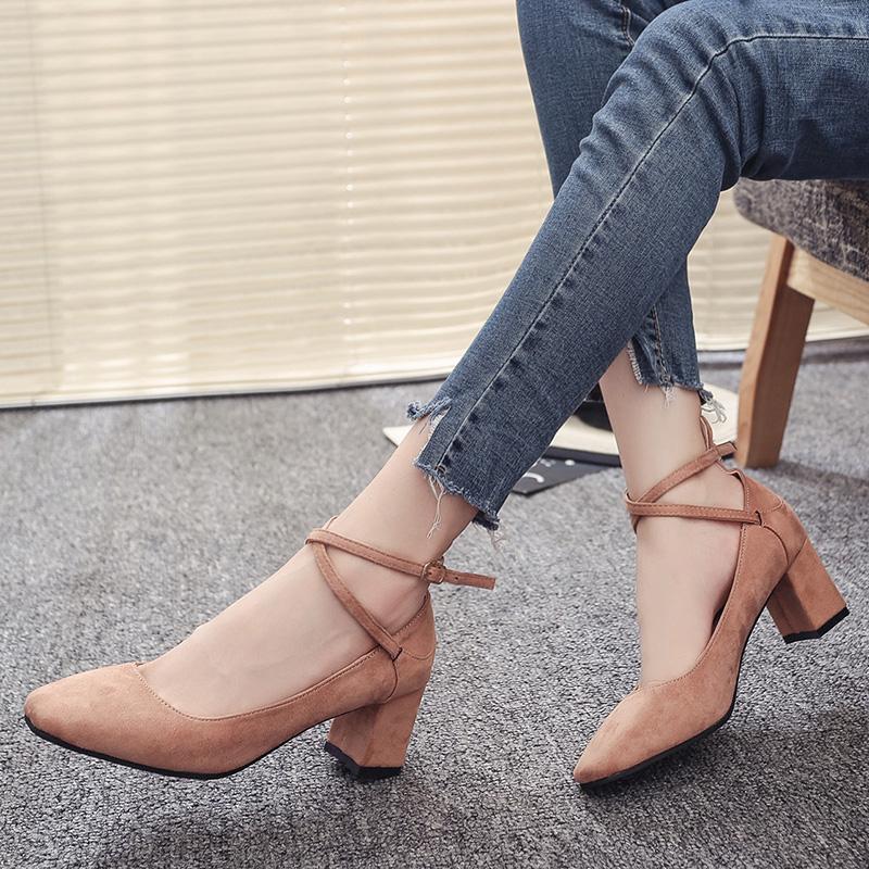 粉红色单鞋 新款中跟单鞋韩版一字绑带女鞋浅口粗跟绒面方头黑色粉红色低帮鞋_推荐淘宝好看的粉红色单鞋