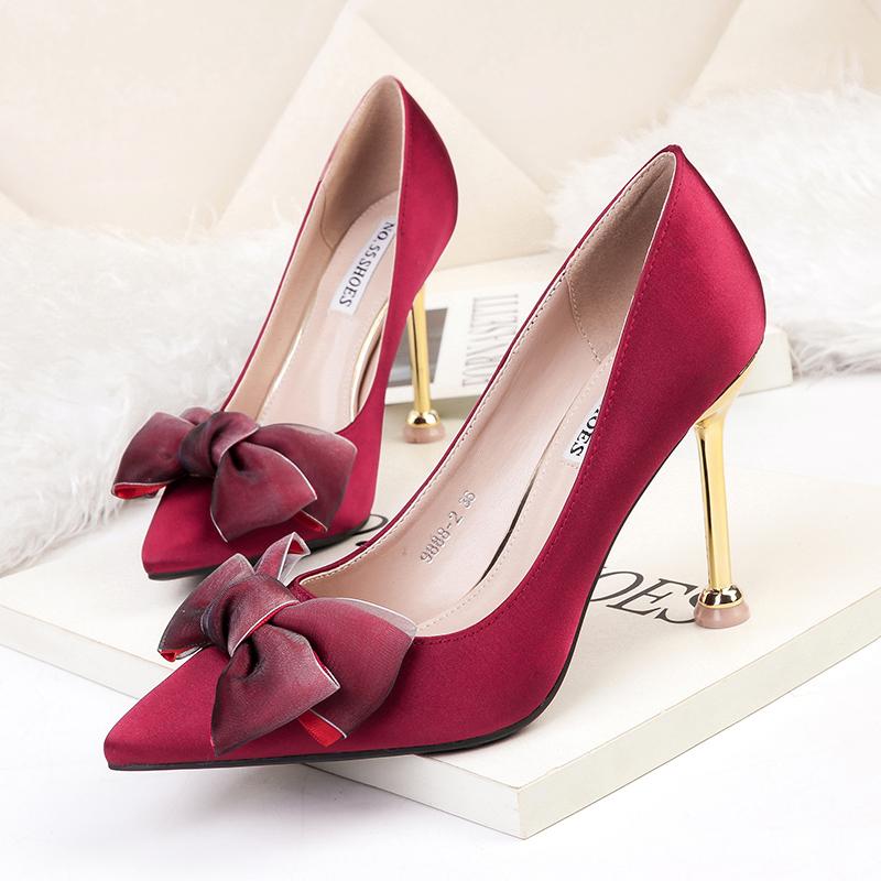 红色单鞋 2021新款法式少女公主红色高跟鞋细跟蝴蝶结女单鞋丝绸百搭结婚秋_推荐淘宝好看的红色单鞋