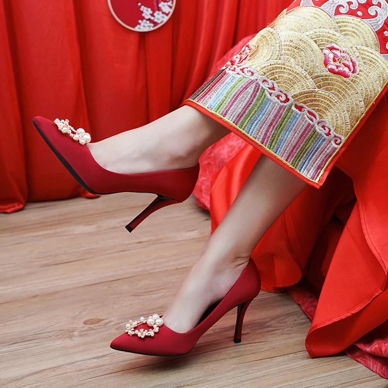 红色高跟鞋 婚鞋女2020年新款旗袍礼服高跟鞋中式大红色秀禾服结婚鞋子新娘鞋_推荐淘宝好看的红色高跟鞋