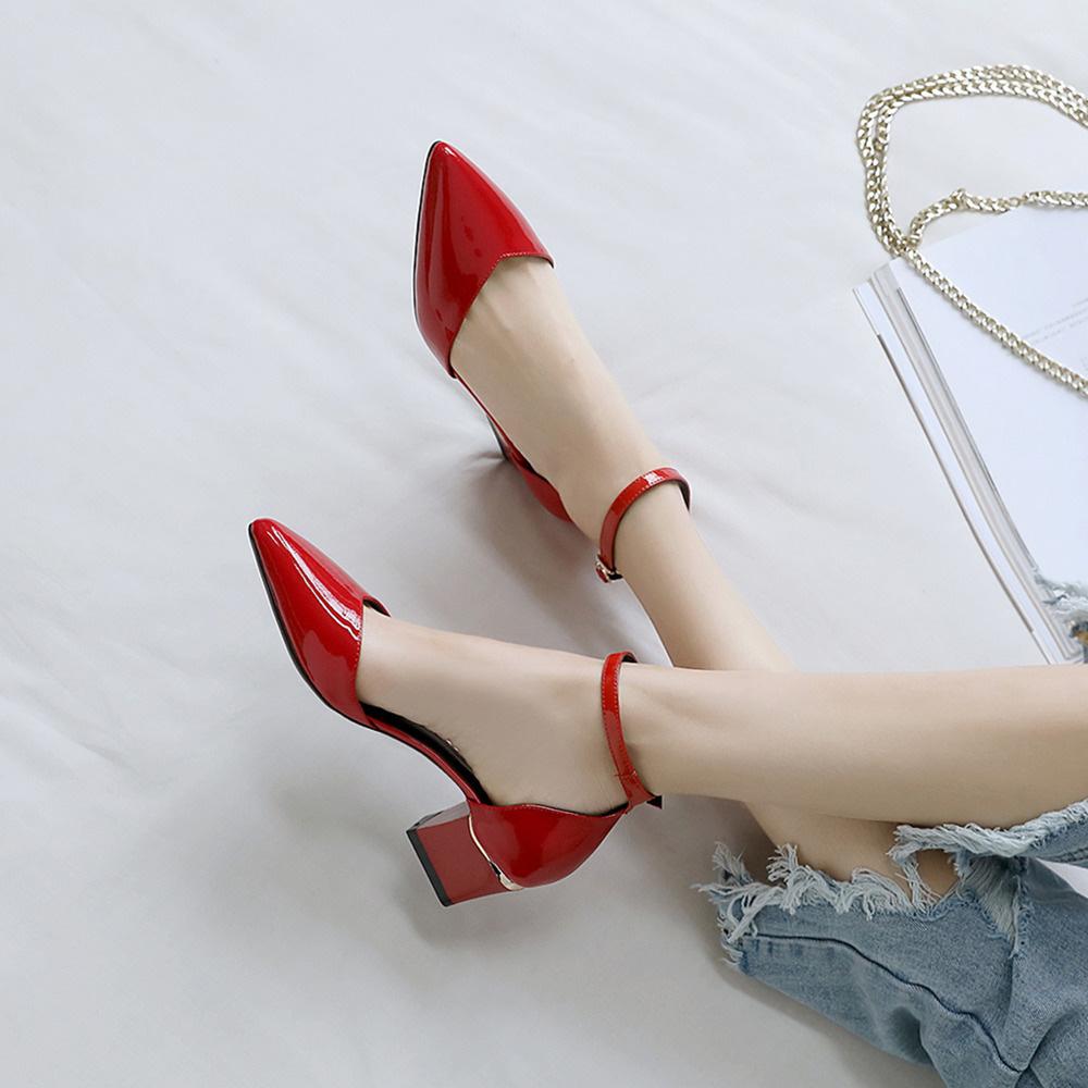 红色凉鞋 包头凉鞋女夏中跟2021真皮红色性感高跟鞋一字带中空简约粗跟女鞋_推荐淘宝好看的红色凉鞋