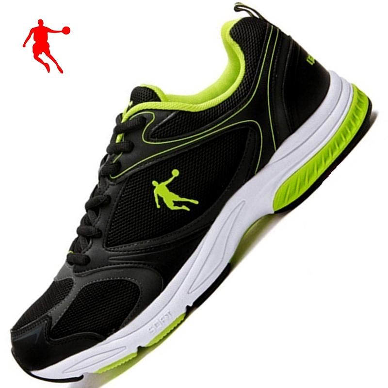 绿色运动鞋 乔丹男鞋网面透气跑步鞋复古黑绿色运动鞋舒适旅游鞋正品轻质波鞋_推荐淘宝好看的绿色运动鞋