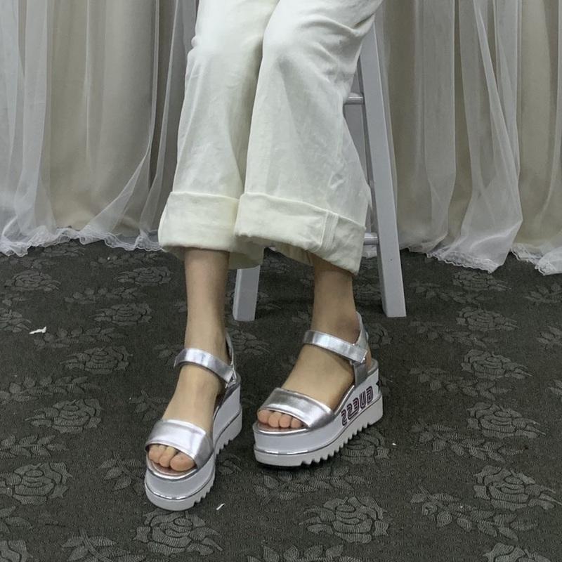 坡跟凉鞋 外贸原单女鞋欧美风厚底坡跟松榚底纯色舒适凉鞋_推荐淘宝好看的女坡跟凉鞋