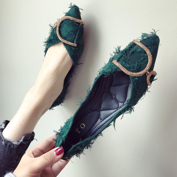 绿色平底鞋 名媛女鞋时尚水钻金属扣尖头单鞋显瘦墨绿色百搭平底大码鞋布面鞋_推荐淘宝好看的绿色平底鞋