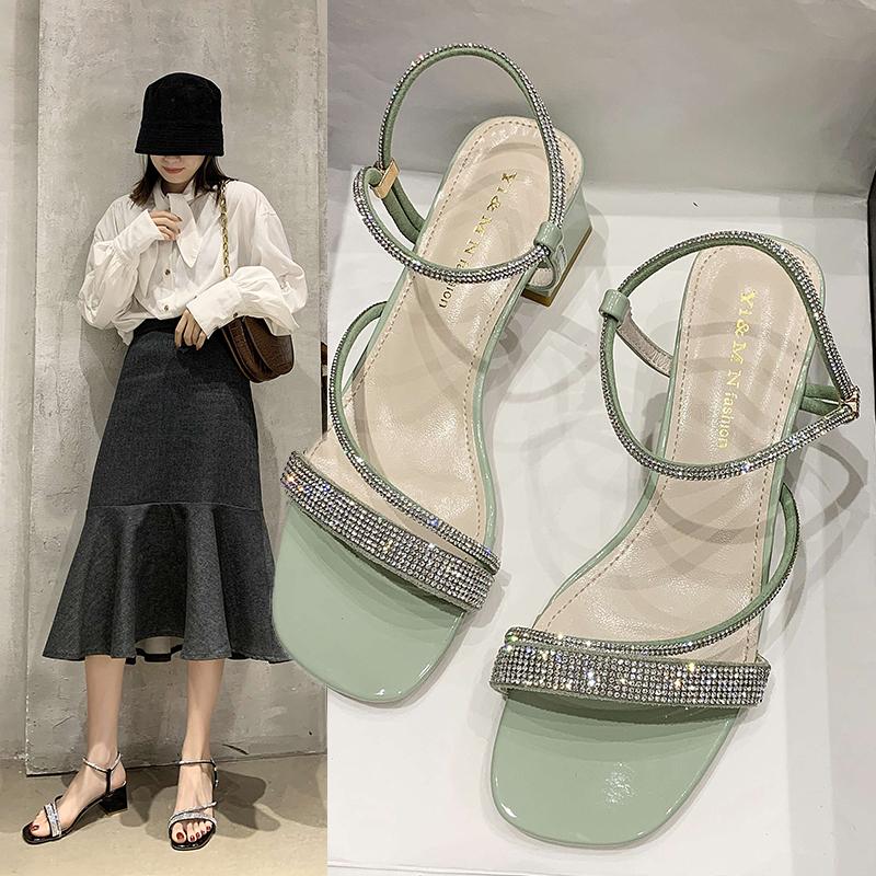 水钻凉鞋 2020夏天新款水钻一字带凉鞋女仙女风网红时尚粗跟两穿配裙子凉鞋_推荐淘宝好看的女水钻凉鞋