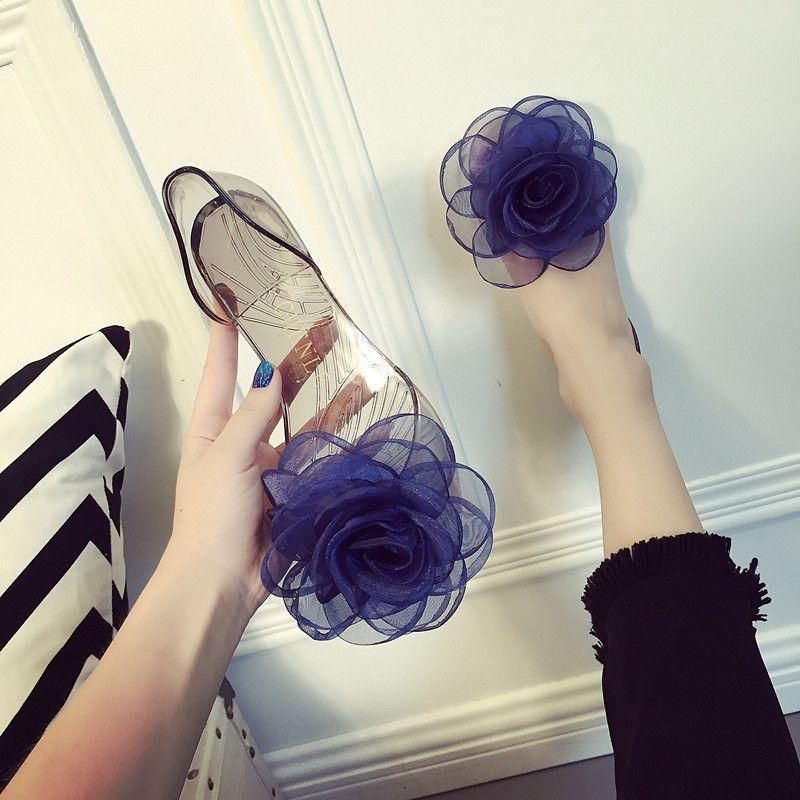 女式平底鞋 2019夏季新款甜美海边度假沙滩鞋女玫瑰大花朵露趾平底凉鞋果冻鞋_推荐淘宝好看的女平底鞋