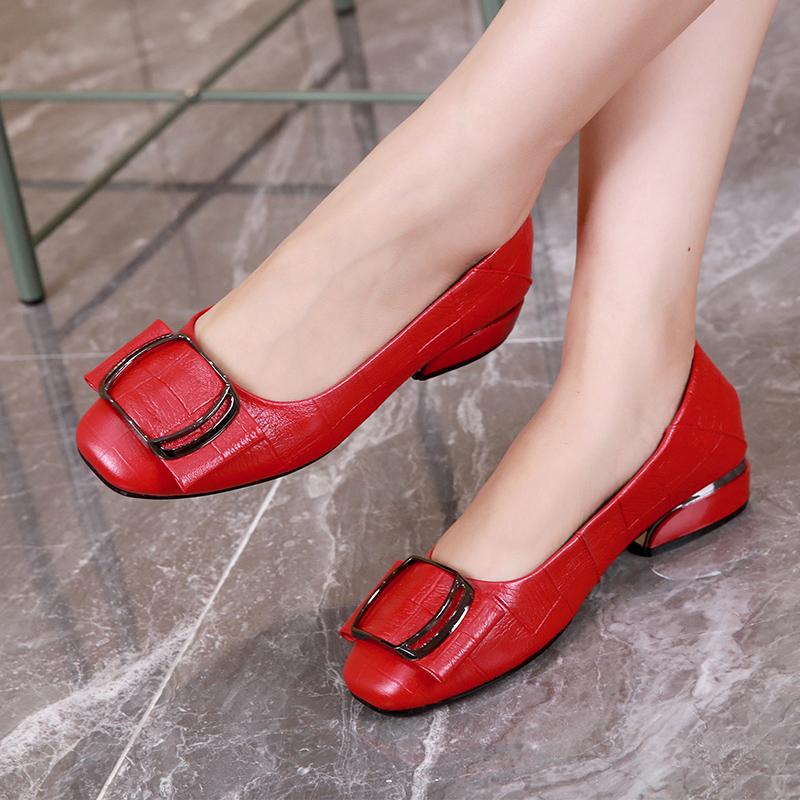 红色豆豆鞋 真皮单鞋女2021新款春夏浅口皮鞋软皮平底妈妈春秋百搭红色豆豆鞋_推荐淘宝好看的红色豆豆鞋